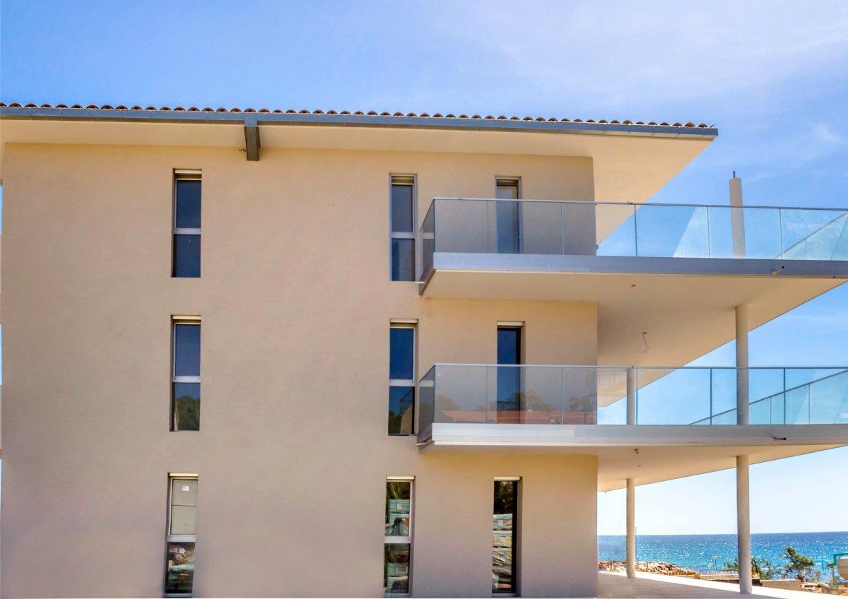 Vente appartement neuf solenzara pieds dans l 39 eau corse for Vente logement neuf