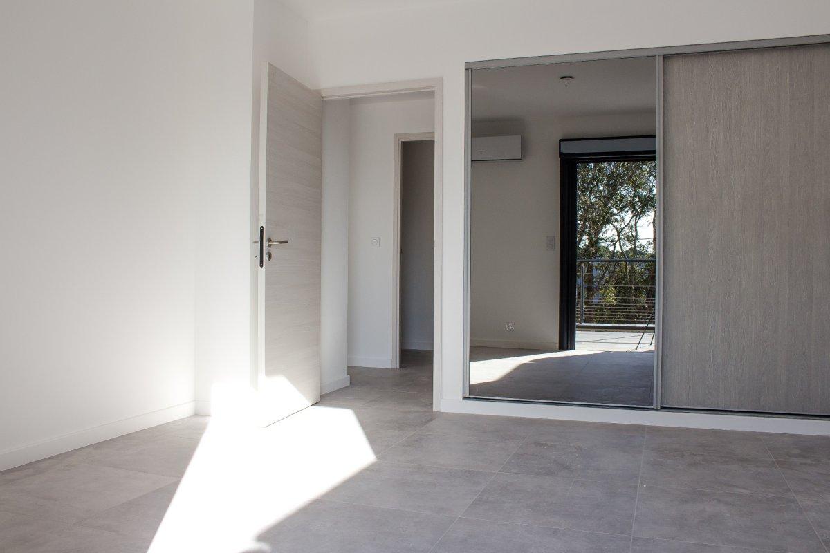 Vente appartement neuf t3 porto vecchio corse patrimoine for Appartement t3 neuf