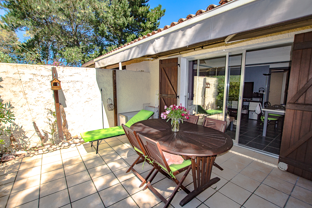 Vente mini villa avec piscine porto vecchio corse for Residence porto vecchio avec piscine