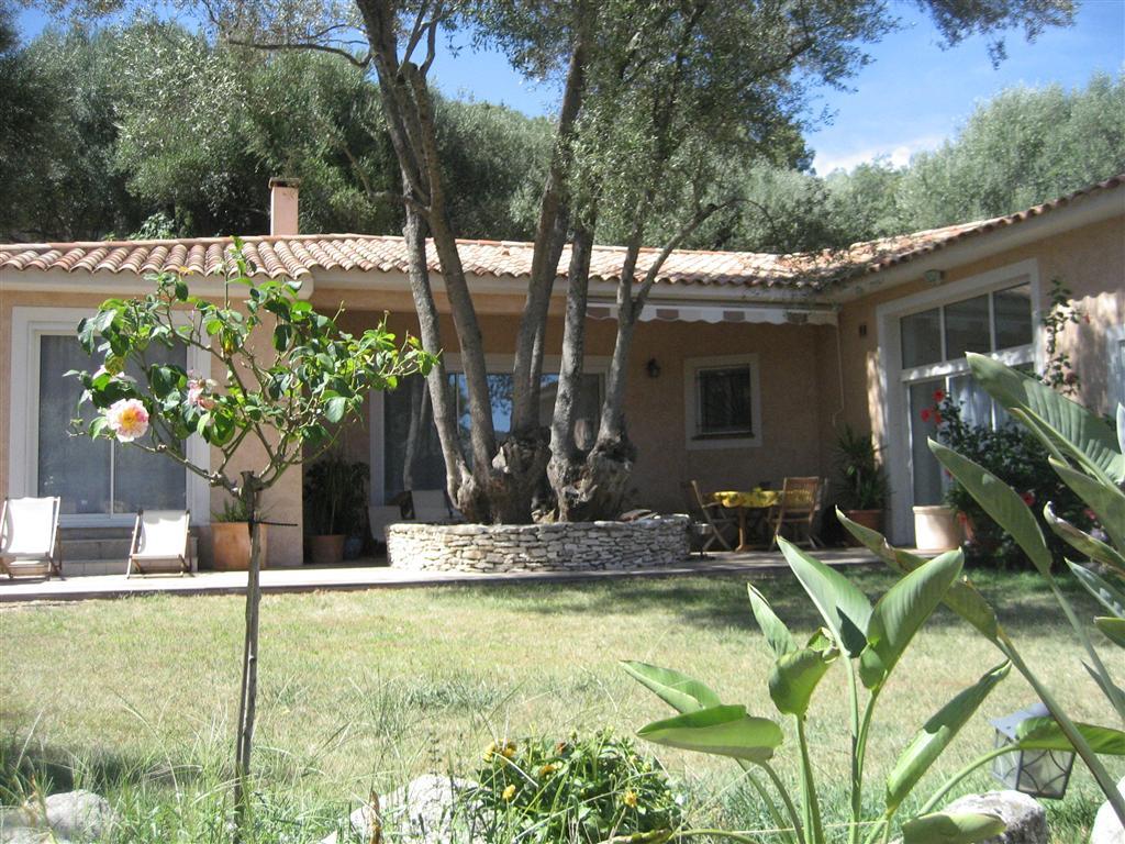Vente villa porto vecchio corse patrimoine for Garage peugeot porto vecchio